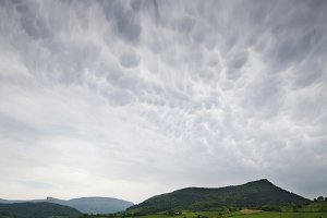 Spectacular cloudscape of mammatus