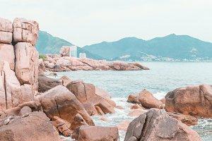 sea water between rocks