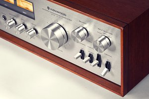 Stereo Vintage Amplifier with VU