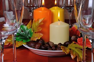 Tableware in autumn colors