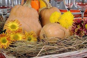 Autumn theme in decoration dining ta
