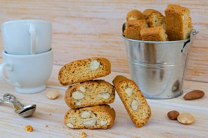 Homemade biscotti cantuccini