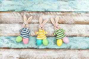 Easter decoration bunnies eggs