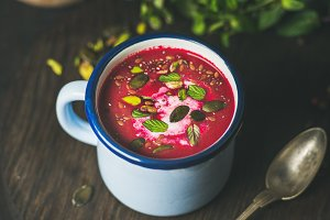 Spring beetroot soup with mint