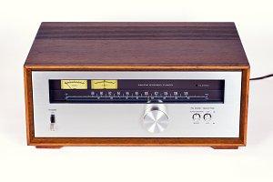 Vintage Stereo Audio Tuner Radio
