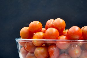 Bowl with cherry tomatoes