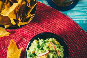 The nachos and guacamole