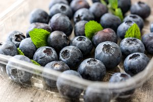 Blueberries and peppermint