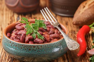 Red beans with tomatoes