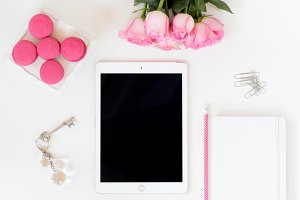 Styled Stock soft pink with tablet
