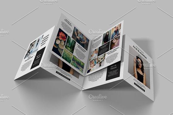 Square Photography Brochure V710
