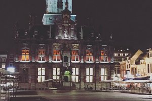 Delft city hall at night