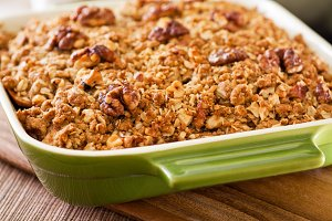 Apple Crisp, walnuts & oatmeal
