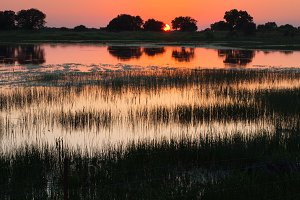 Sunset or sunrise at a lake