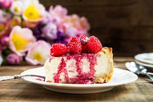 Homemade Vanilla Cheesecake with Raspberries