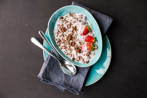 Healthy oatmeal breakfast
