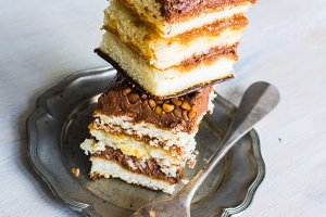 Vanilla and chocolate cake