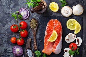 Salmon, mushroom and tomatoes