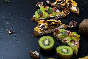 Healthy sweet fruit toasts