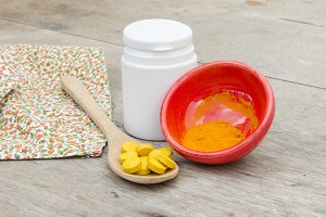 Turmeric herbal tablet and powder
