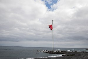 red flag on the beaches