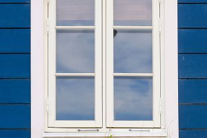Window in white