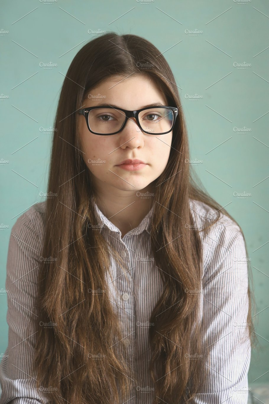 teen-eyeglasses