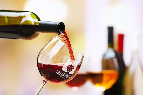Wine Mock-up#8