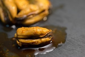 pickled mussels