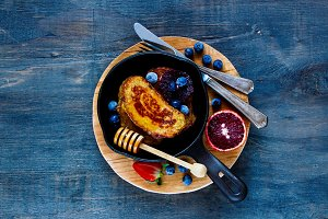 Cinnamon French Toasts