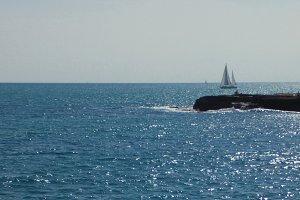 The sea invites...