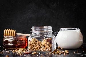 Granola oats and grains breakfast
