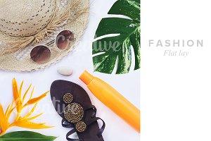 set of Feminine accessories