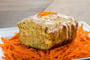 Carrot apple cake