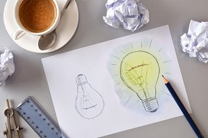 Idea concept with two light bulb