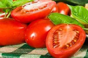 Red paste tomatoes