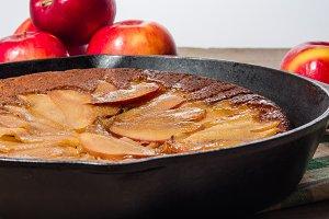Skillet apple cake