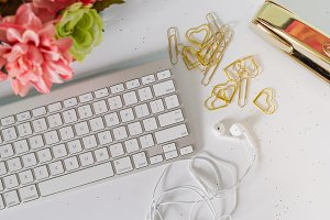 Keyboard and earbuds for office
