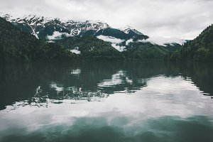 Mountains Lake and coniferous Forest