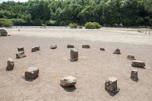 dolmen round