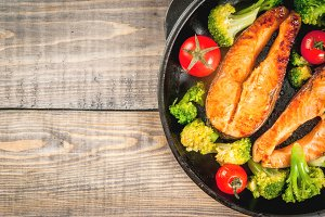 Fried salmon steaks & vegetables