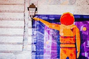 Graffiti astronaut