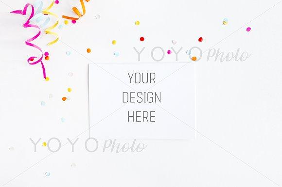 Download Greeting Card Mockup Landscape