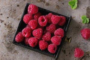 Fresh raspberries in box