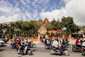 vietnamese traffic on lunar New Year