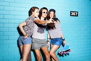 girls ang guy having fun