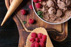 Chocolate ice cream with raspberries