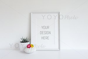 Styled Empty Frame Mock Up Natural