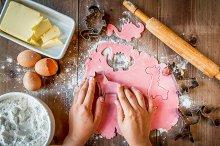 Making pink cookies