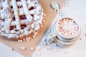 Hot chocolate and cherry pie